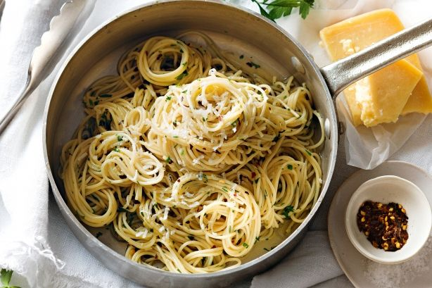 The classic oil and garlic pasta sauce, aglio e olio, comes from Rome, where it is usually served with spaghettini (a fine spaghetti).