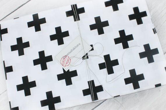 Fitted mini crib sheet monochrome, scandinavian bedding ,cotton, black cross, monochrome bedding, baby bedding