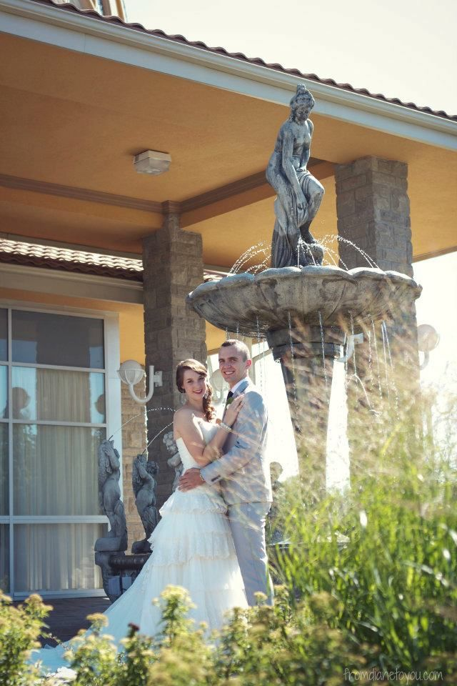 Get the wedding photos you want with our beautiful exterior!
