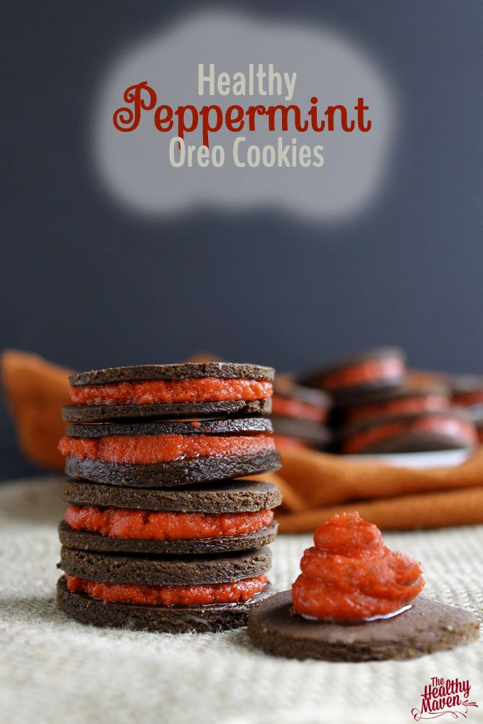 Healthy #vegan peppermint Oreos -- colored with beets!