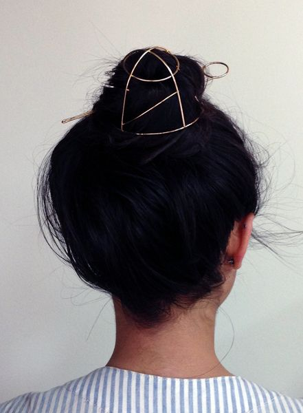 bun cage // no need for hairbands anymore.. just get a bun cage!