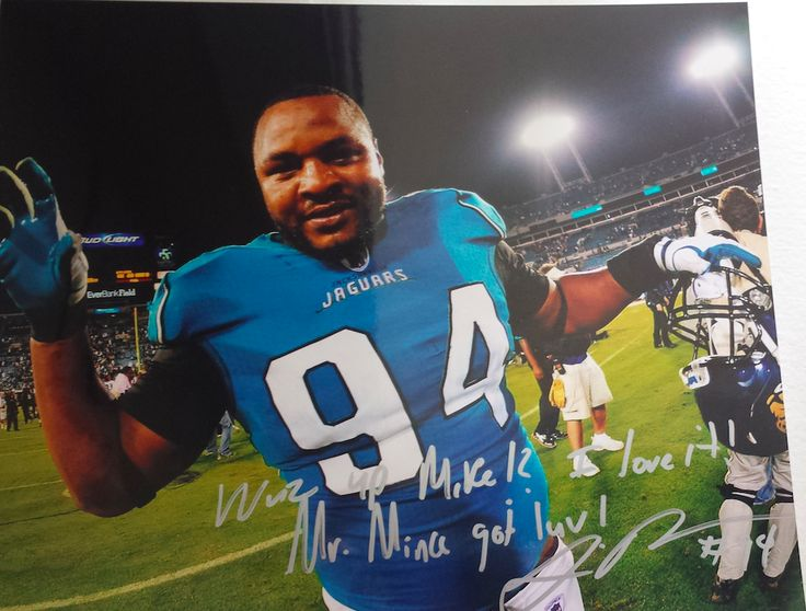 8x10 Photo signed by Jacksonville Jaguars DE #94 Jeremy Mincey.