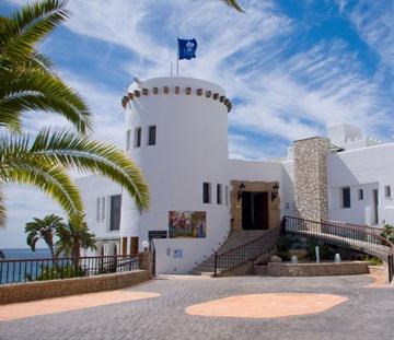 Vista general del Hotel Servigroup Montiboli en Villajoyosa (Alicante) - España // General view of the Hotel Servigroup Montiboli in Villajoyosa (Alicante) - Spain
