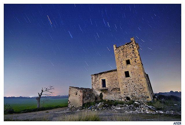 Fotografia notturna: come calcolare esposizioni mooolto lunghe Alberto Cabas Vidani • 36 Comments  Se siamo abituati a scattare le nostre...