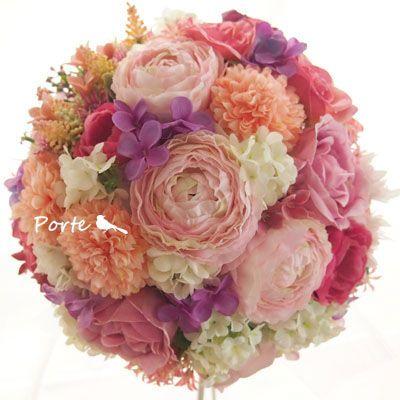 やわらかい色合いのラウンドブーケ ウェディングブーケ・花冠・通販専門店「ぽると」
