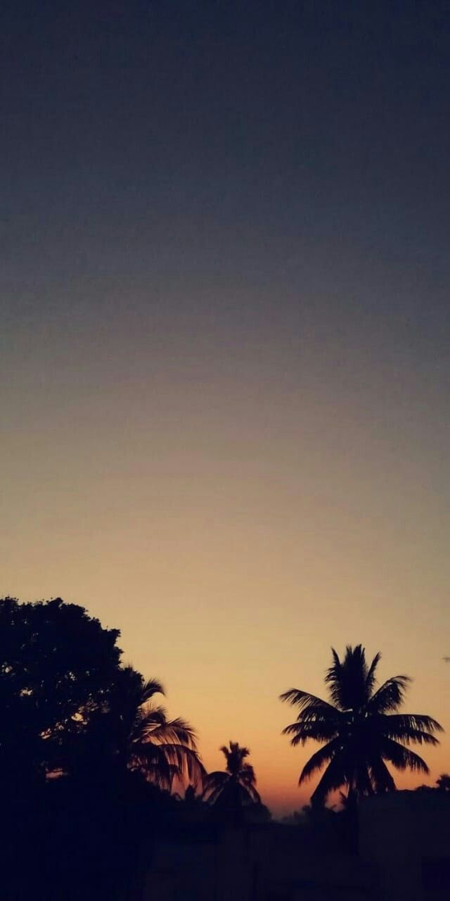 Pin By Mariam Galal On Aesthetic Sky Aesthetic Sunset Wallpaper Aesthetic Backgrounds