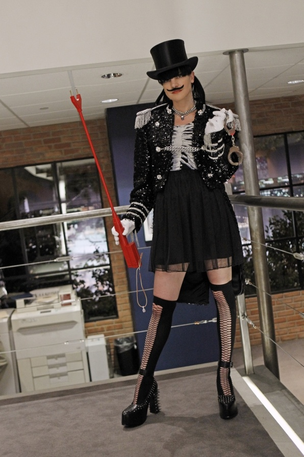 NCIS. Forget Palmer's Bachlor party I need her for my Bachlorette Party!
