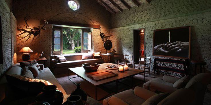La Bamba: una de las estancias más antiguas de la Argentina, un lujoso confort con la elegancia colonial.