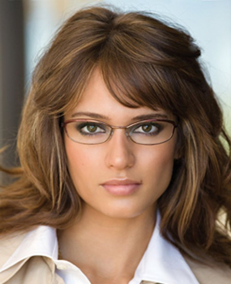 When you can handle these tips, your make up with glasses would be so much easier. Here are some examples of natural makeup with glasses!