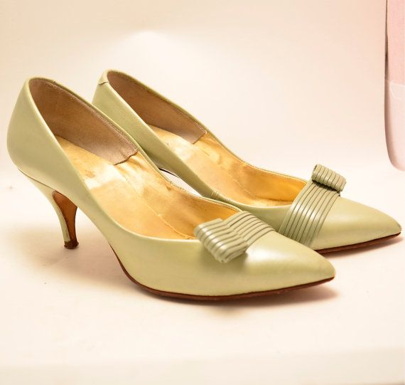 Beautiful 1950s mint green heels size 4 1/2 TINY by melsvanity, $38.00