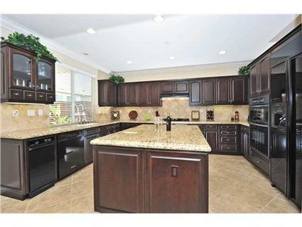 33 best images about kitchen on pinterest black granite green and granite countertops colors for Car wax on kitchen cabinets