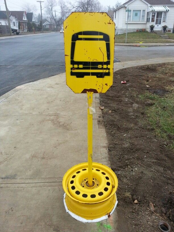 Temporary #busstop #22 Upper Ottawa #bus #route #northbound #transit @ Queensdale &  E 18th St.  #HamOnt #Hamilton #hammer