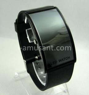 Montre LED sport avec bracelet silicone en cadran arc