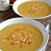 Arabska zupa kalafiorowo-migdałowa