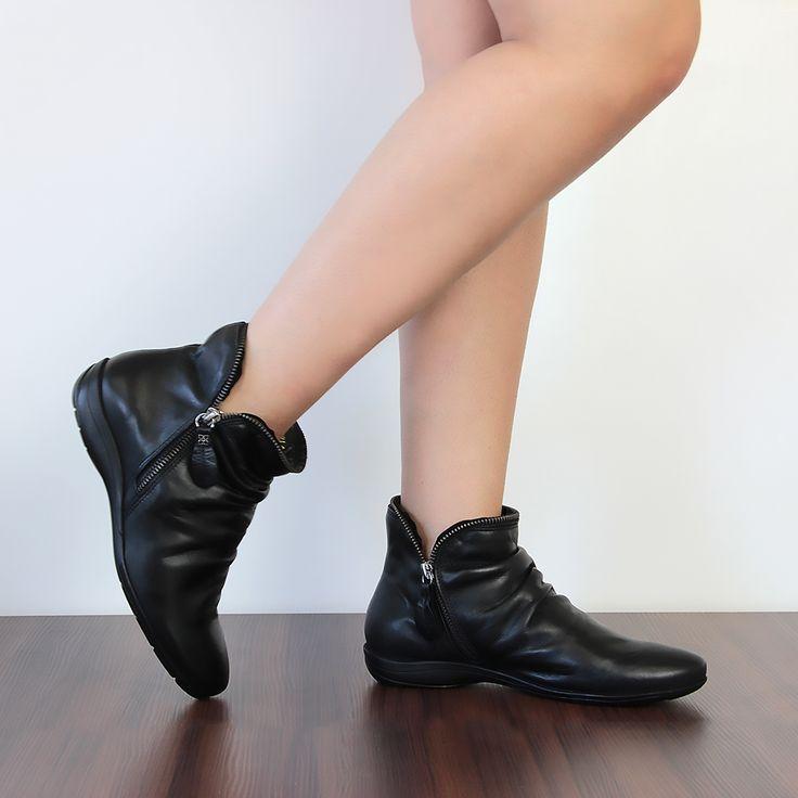Bota Rasteira Feminina Cano Baixo F811 Preto - Perlatto