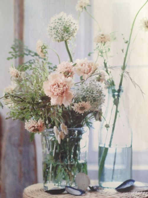 soft colors bouquet (Ditte Isager)