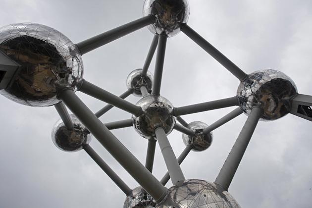 """Atomium ist ein Gebäude in Brüssel, das zur """"Expo '58″ errichtet wurde"""