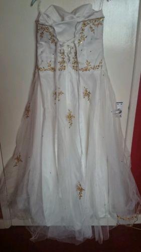 Ivory-wedding-dress