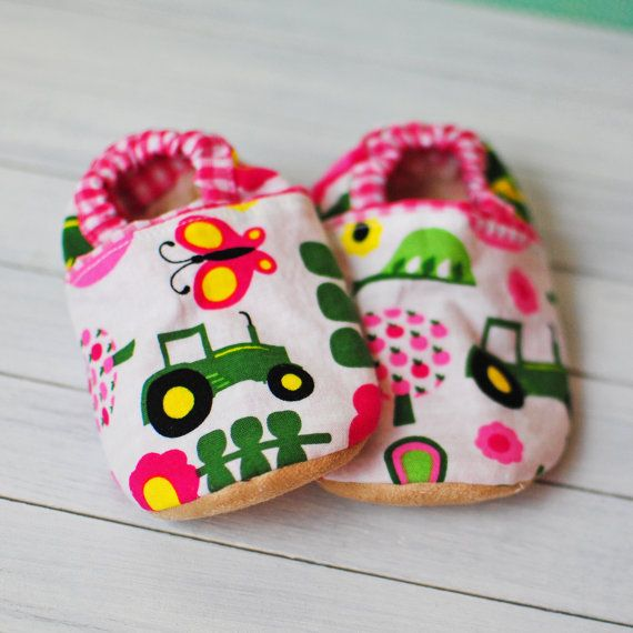 Hey, I found this really awesome Etsy listing at http://www.etsy.com/listing/127798158/girls-john-deere-baby-shoes