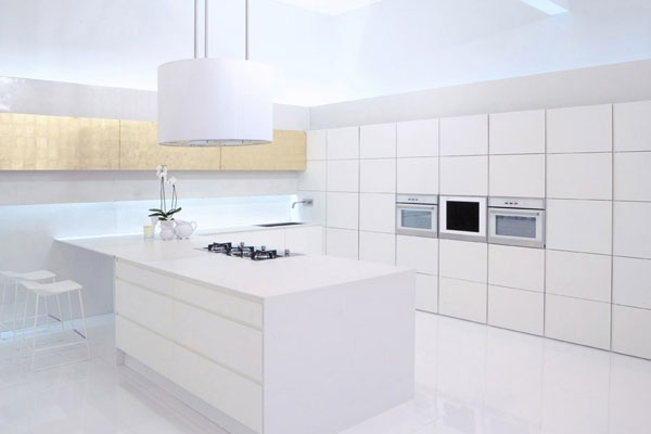 Granite is a superb choice for a top worktop that can withstand kitchen day to day activities while still maintaining its splendour. Quartz and marble worktop will do great jobs as a top worktop in this regard.
