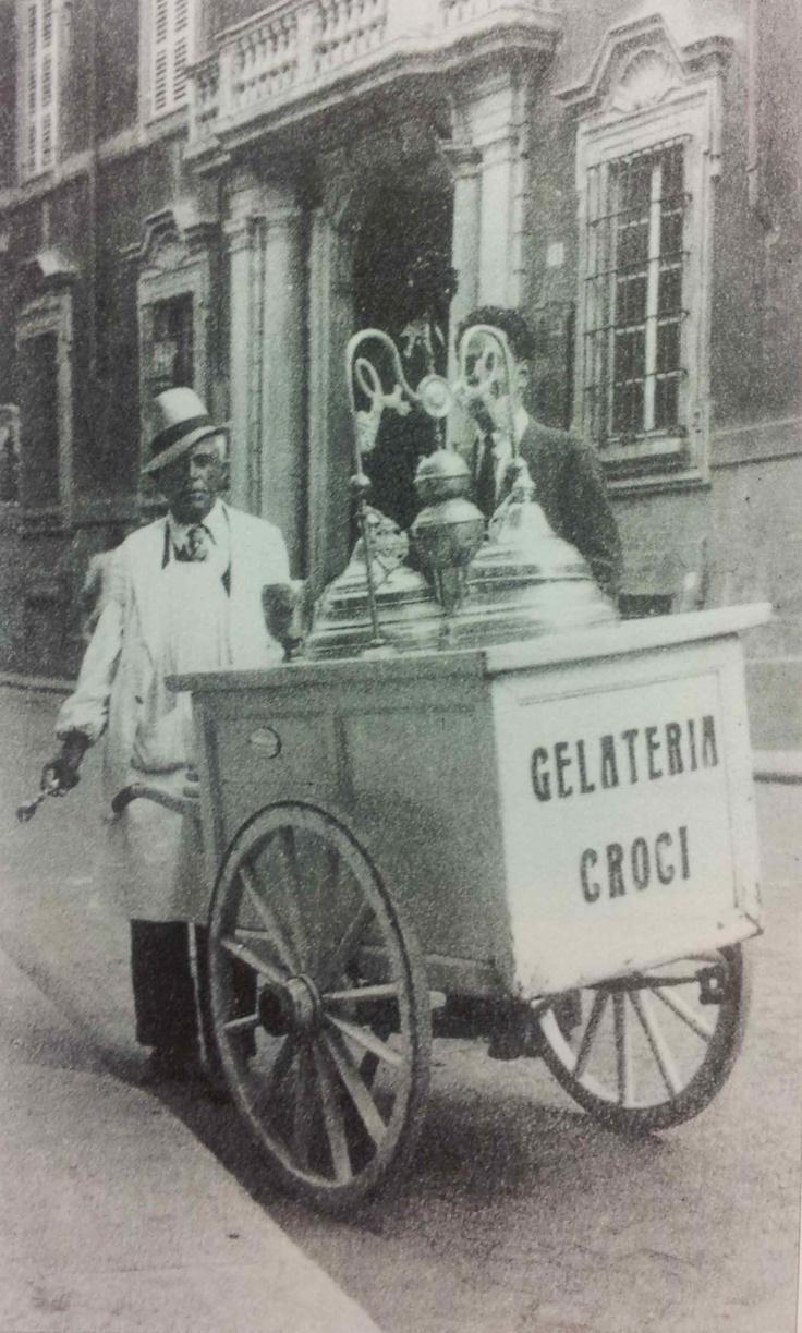 """""""Il gelataio"""" - la nostra terra in dieci anni di bilanci della Banca di Piacenza"""" (1988-1897)"""