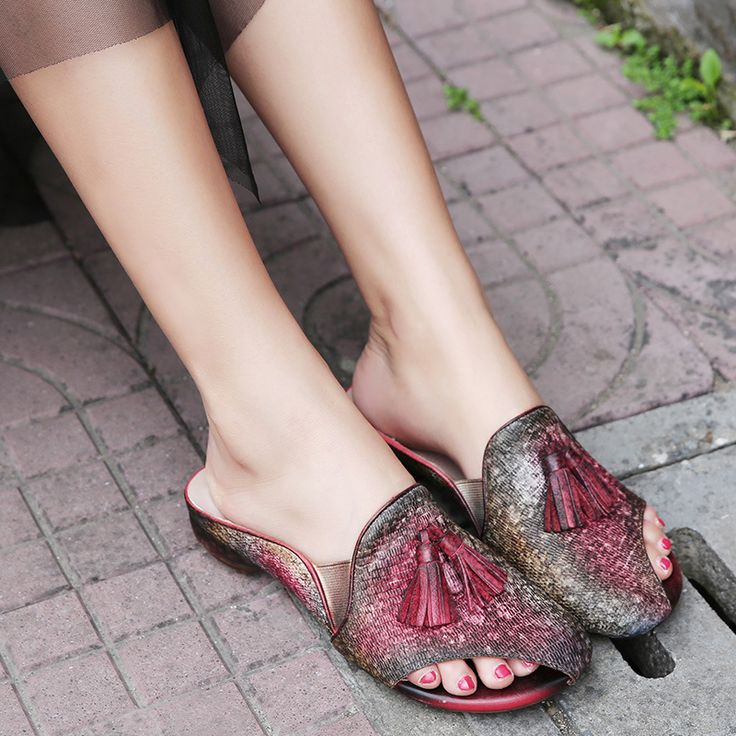 2017 Designer Summer Womens Red Slippers Sale Genuine Leather Lady Low Heel Brand Handmade Women Shoes Fringe Peep Toes Slippers