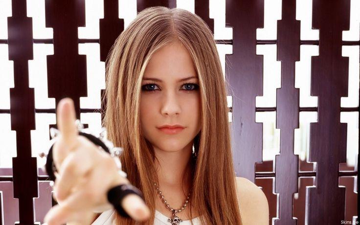 Avril Lavigne Hot   Music Avril Lavigne