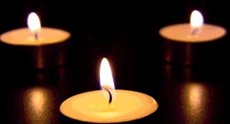 Avant Noël promesseclaire et bleue si proches des cieux nous sommesenfants éternels Nuit sera jour jour seraVie étoile du berger lumière d'amour flammes des bougies de l'Avent nos âmes auront le...