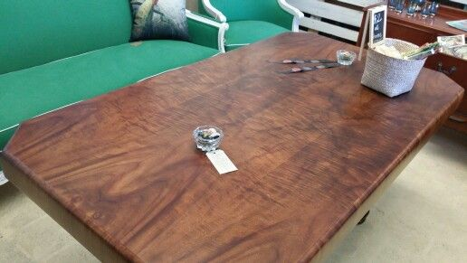 Quilted maple art deco table