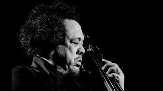 Charles Mingus - Goodbye Pork Pie Hat - YouTube