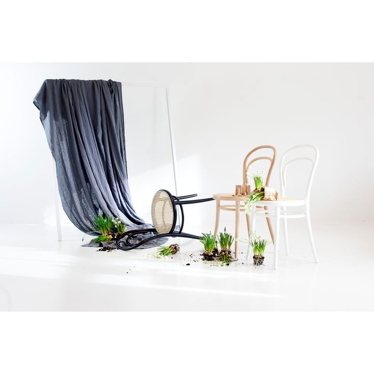 No 14 stol, vit/rotting – Ton – Köp online på Rum21.se