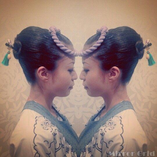 お祭りヘアセット 夜会巻き  面を出したつやつやな夜会巻き❤  粋で格好いい!   #祭り #ヘアセット #夜会巻き #hairset #updo #frenchroll #japan #matsuri #hairstyles #Welina #hitomiyanagida #myworks