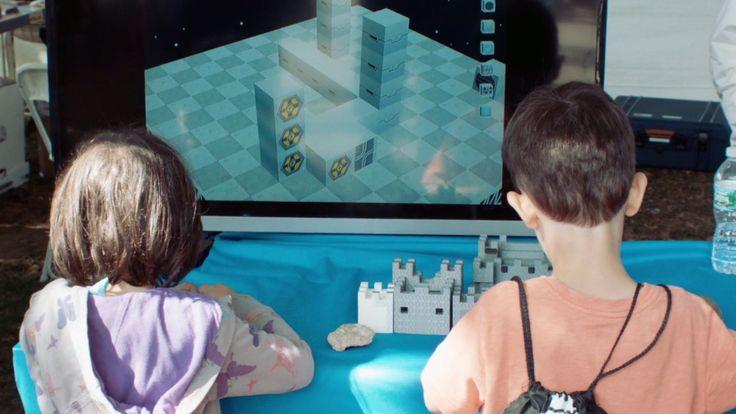 Faites découvrir la modélisation 3D à vos enfants avec Blokify, une application iOS et Android adaptée aux jeunes grâce à son concept d'assemblage de blocs.