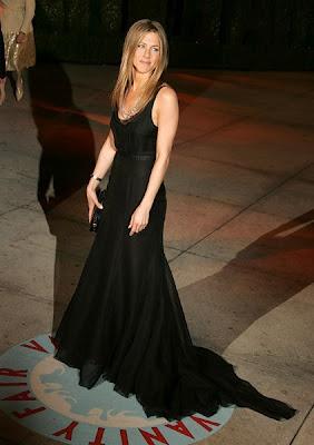 Jennifer Aniston Biography and Photos