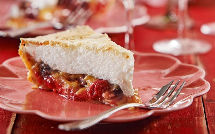 Rhubarb berry meringue pie recipe - By Woman's Day (NZ edition), Combining the tartness of rhubarb with the sweetness of meringue, this pie is a fresh, seasonal twist on the classic lemon meringue pie. Make ahead of time so you're prepared for any special occasion