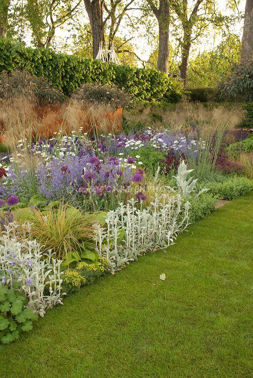 Visualizza le migliori Garden disegnato da Tom Stuart-Smith, Daily Telegraph Garden 2006 Chelsea Flower Show