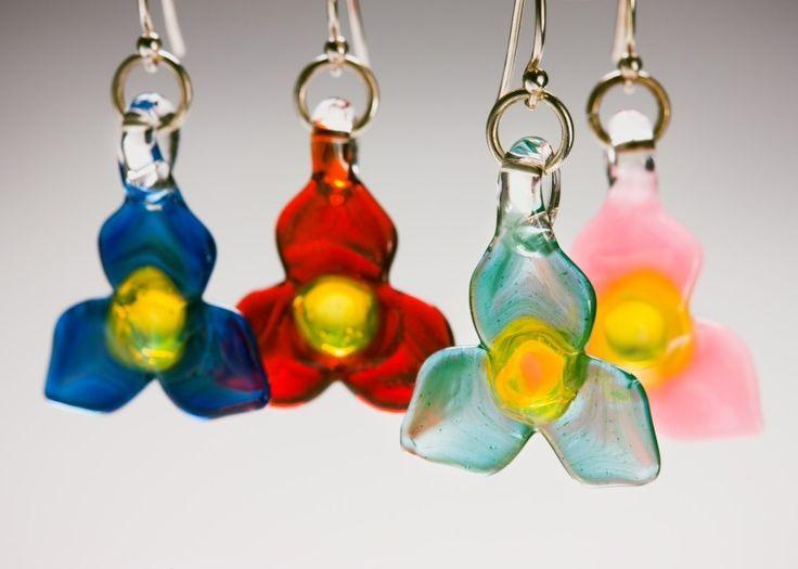 Trillium Earrings: Trillium Earrings