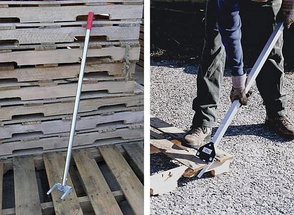Planken van pallets losmaken met een pallet breker.