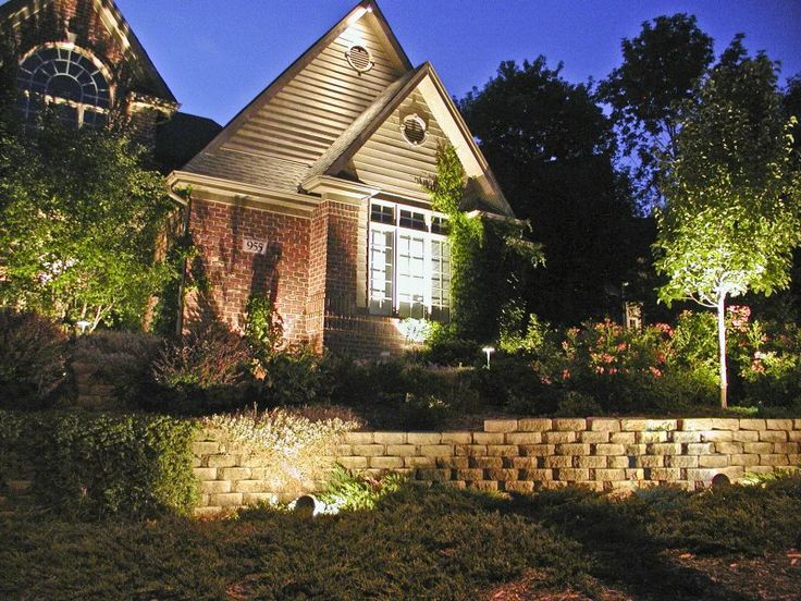 House Down Lighting | Outdoor Accents Lighting