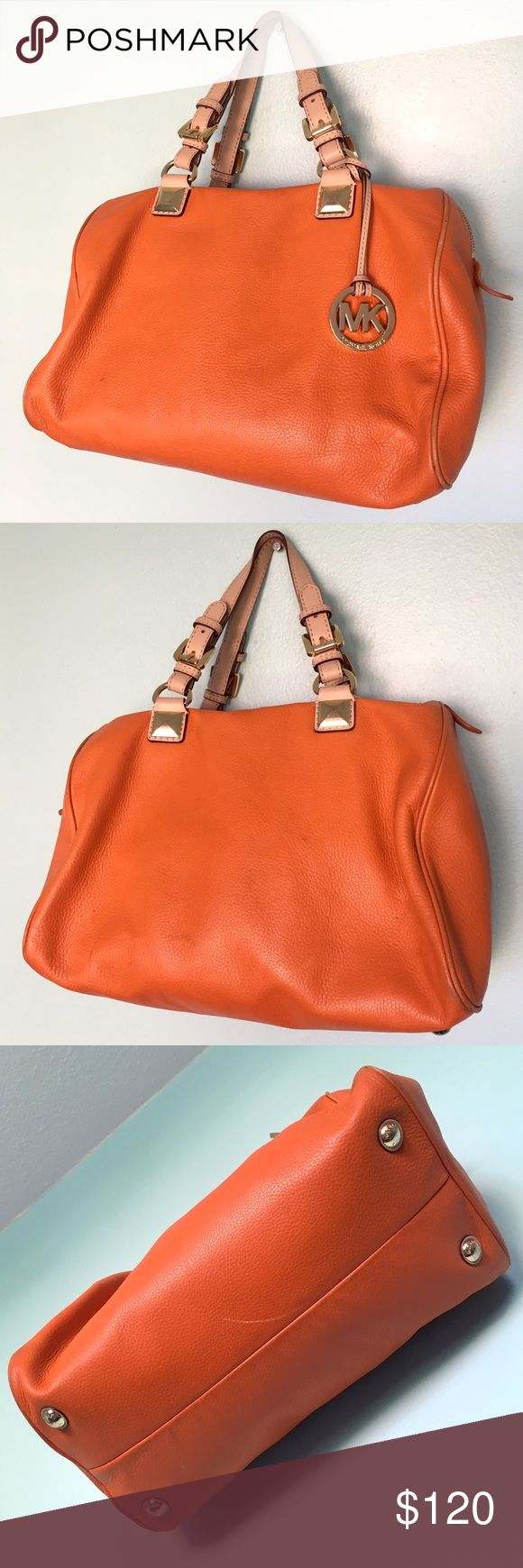 Michael Kors Large Leather Orange Gold Tote Bag Michael Kors Large Leather Orange Tan Gold Tote Handbag Purse. In great condition, only a few minor scuffs. Gorgeous! 💕 MICHAEL Michael Kors Bags Totes
