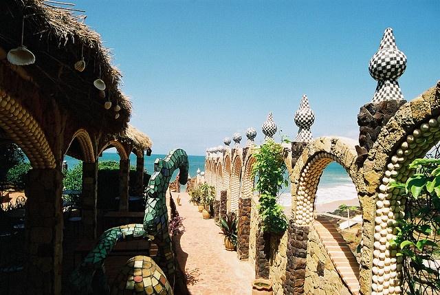 Hotel Sobo-Bade, Toubab Dialaw, Senegal Destination honeymoon  Keywords: #senegalweddings #jevelweddingplanning Follow Us: www.jevelweddingplanning.com  www.facebook.com/jevelweddingplanning/