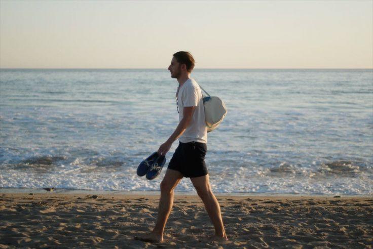 """""""Malibu beach, Los Angeles"""" #look #mode #homme #ootd #ocean #malibu #tshirt #americanvintage #short #orlebarbrown #chaussures #bateaux #sperry"""