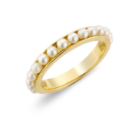 Seed pearl ring.. In love with it!