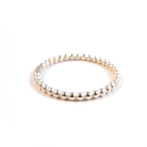 pearlwire ring 1.5mm . studio mhl . €25.00