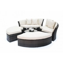 Chelsea Day Bed - luxury in rattan. More details @ http://selectfurnishings.me/cadiz-collection/day-beds/chelsea-day-bed.html#