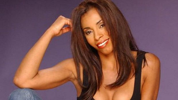 Scandal Hires Khandi Alexander To Play Olivia's Mother