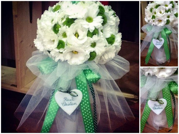 Cele mai frumoase lumânări de botez pleacă din atelierul nostru de flori | Blog-ul Tulip Atelier de flori.