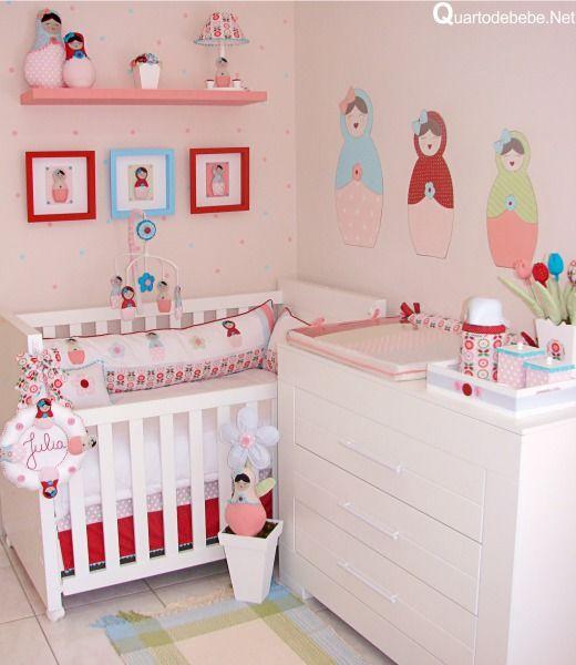 quarto bebê rosa bonecas matrioska