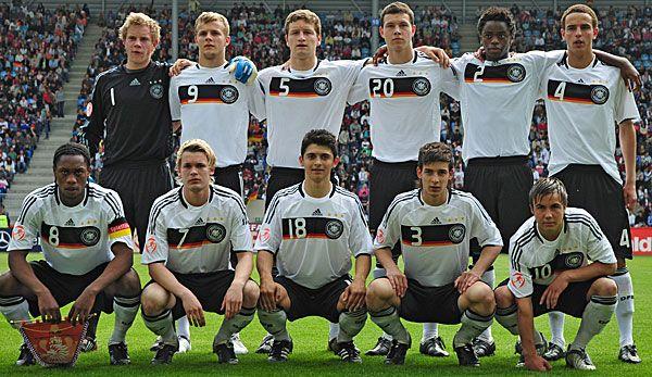 U-17 Europameister 2009 Deutschland mit dem späteren Weltmeister von 2014 Mario Götze