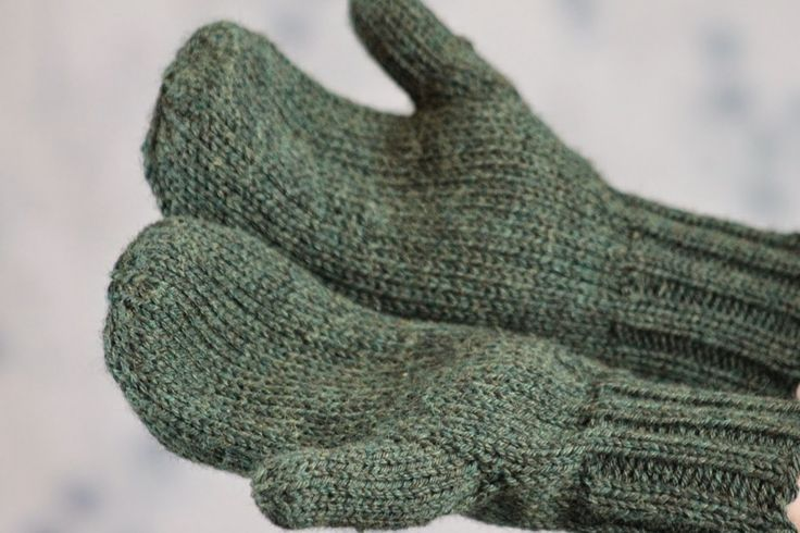 Toasty Warm Stockinette Stitch Mittens - One of the best things about winter is the ability to wear large, comfy mittens, and the Toasty Warm Stockinette Stitch Mittens fit that description perfectly. Mitten patterns can seem daunting if you are looking for beginner knitting patterns, but there is no need to worry with these easy knits. Learn how to knit mittens that are sure to impress your friends and family, and have them clamoring for some for themselves.